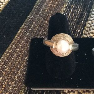 Jewelry - Pearl ring in sterling silver